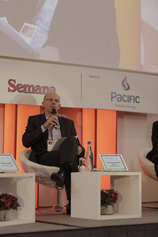 Alejandro Santos, Director Revista Semana