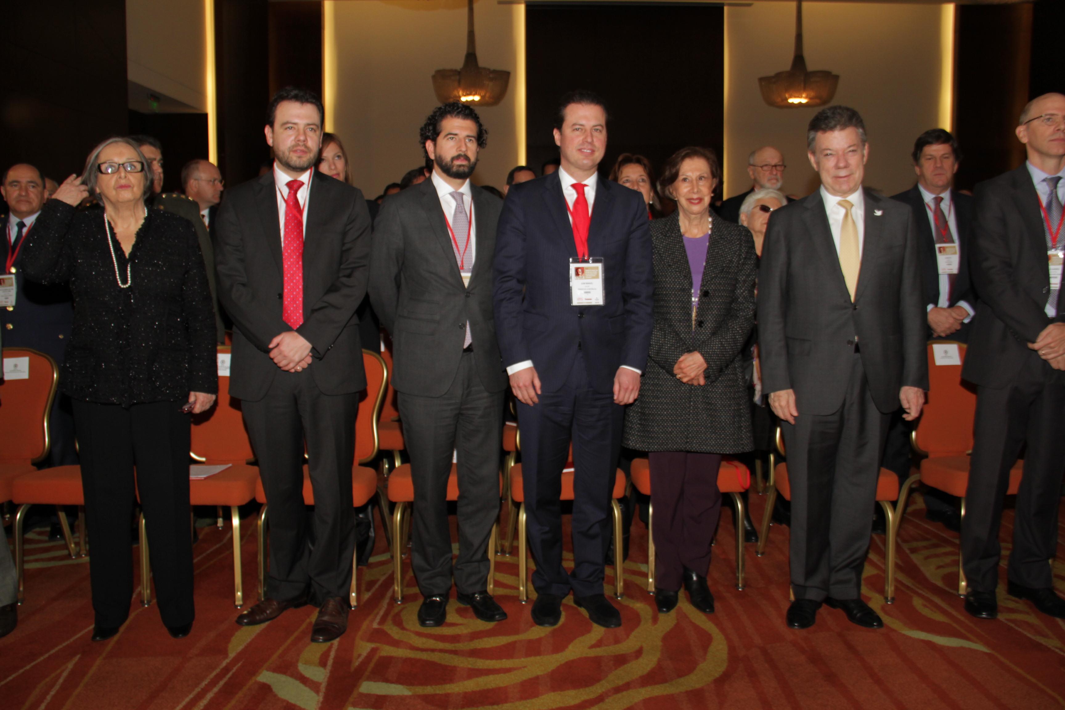 Maruja Pachón, Carlos Fernando Galán, Claudio Galán, Juan Manuel Galán, Gloria Pachón de Galán, Presidente y  Juan Manuel Santos