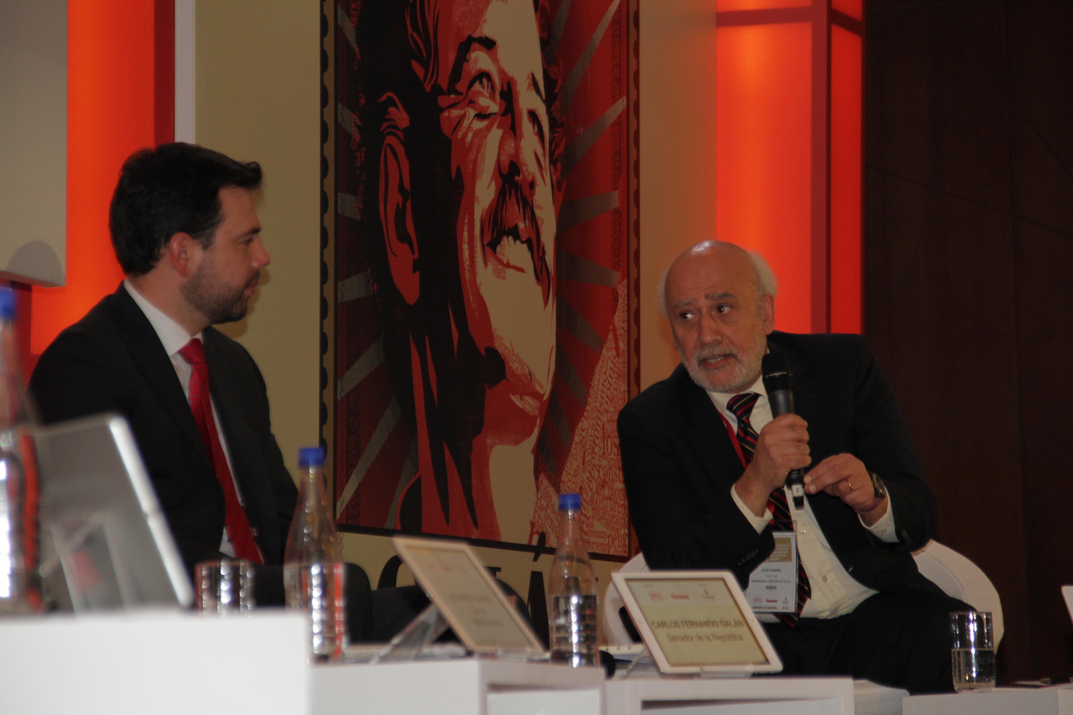 Carlos Fernando Galán y Juan Gabriel Tokatlian