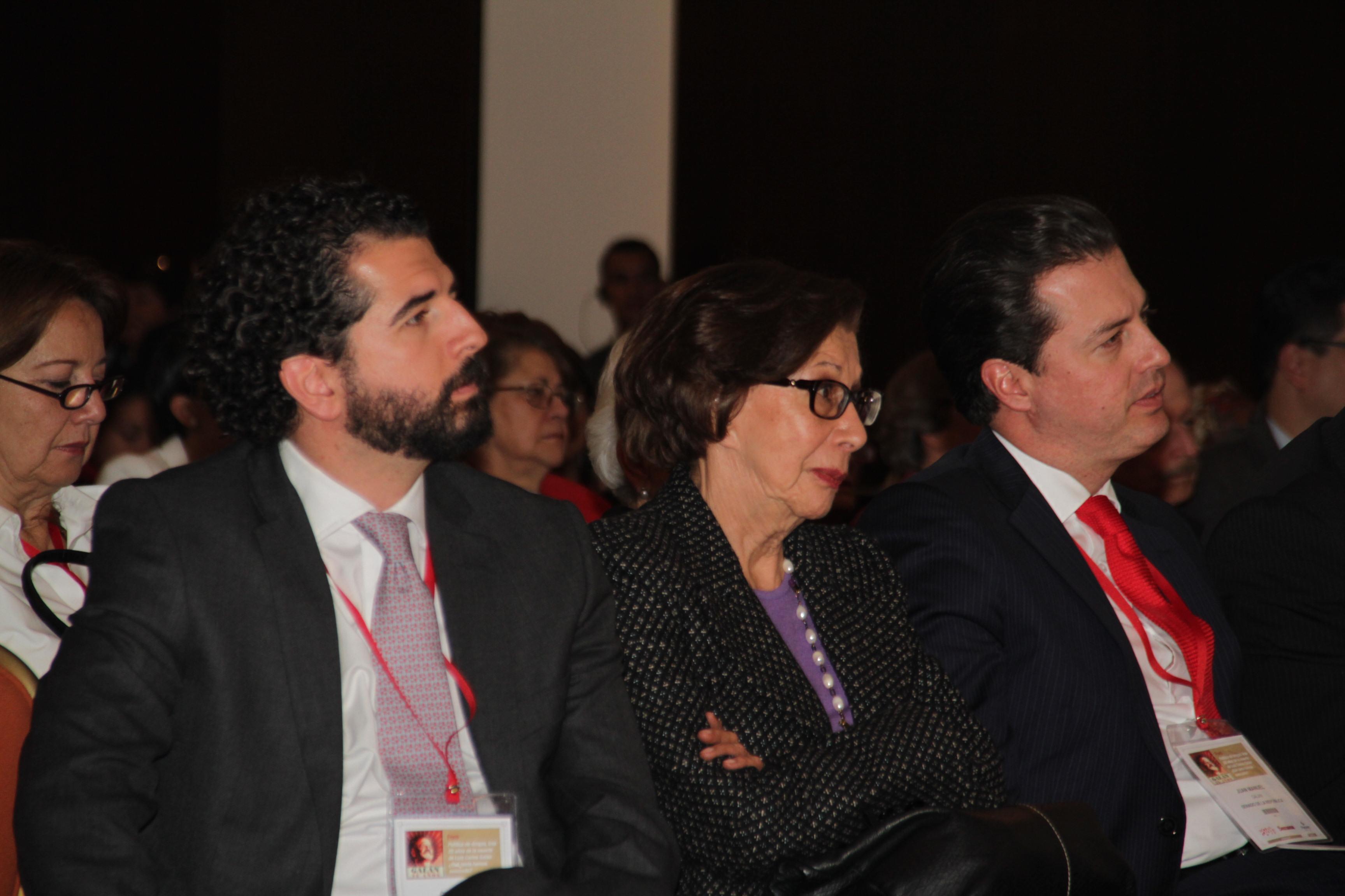 Claudio Galán, Gloria Pachón de Galán y Juan Manuel Galán