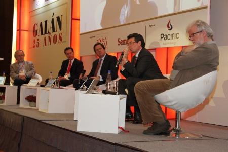 Julio Calzada, Juan Manuel Galán , Roberto Pombo, Alejandro Gaviria y Rodrigo Uprimny
